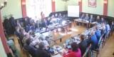 Władze powiatu lublinieckiego domagają się zwiększenia kontraktu SP ZOZ. Rząd zapowiedział 650 mln zł dla szpitali. Ile trafi do Lublińca?