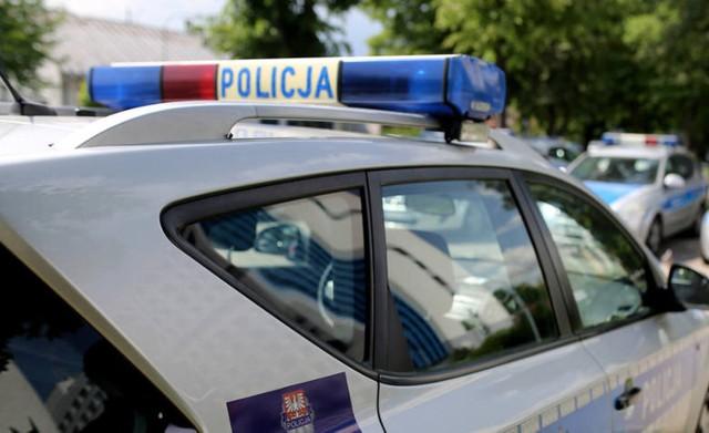 8 czerwca policjanci z wydziału do walki z przestępczością gospodarczą i korupcją uzyskali informację, że w jednym ze sklepów w Inowrocławiu sprzedawany jest nielegalny towar