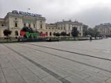 Kraków w nowej, pandemicznej rzeczywistości. To miasto jest nie do poznania [ZDJĘCIA]