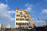 """Kraków: burzenie budynku """"Ruchu"""". Nowy wieżowiec będzie mieć nawet 36 metrów [ZDJĘCIA]"""