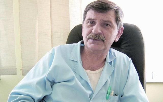 Dr Wojciech Bobkiewicz zaprasza rodziców i dzieci na badania profilaktyczne, na oddziale pediatrii szpitala w Szczprotawie