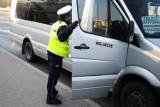 Pasażerowie busa na trasie Tomaszów - Łódź poszukiwani przez sanepid