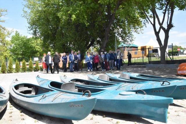 Śremskie Spacery Historyczne: mieszkańcy wspominali czas spędzony nad jeziorem Grzymisławskim. Sporo mówiono też o przyszłości tych terenów
