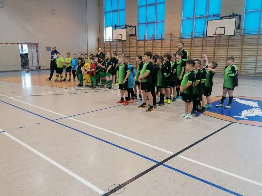 Halowy turniej piłki nożnej dla dzieci