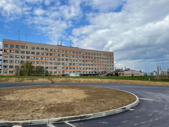 Alternatywny dojazd do szpitala powiatowego w Brzesku powstał od strony południowej od Pomianowskiego Stoku