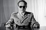 Generał w teatrze Imka w rocznicę stanu wojennego