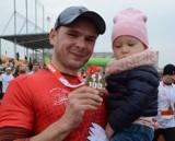 Bieg Niepodległości 2018 w Żaganiu. Mateusz Demczyszak i Beata Lupa tryumfowali w VII Biegu Niepodległości w Żaganiu