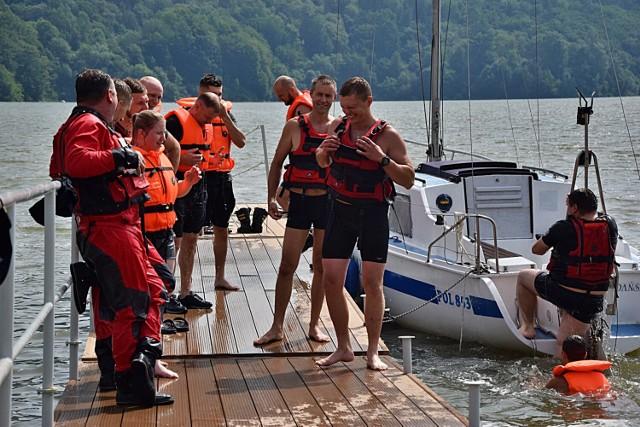Przez trzy dni Jezioro Klimkowskie było areną, na której strażacy zawodowi i druhowie z OSP doskonalili swoje umiejętności