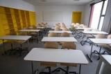 Koronawirus. Nowe zakażenia w szkole. Uczniowie muszą przejść na zdalne nauczanie