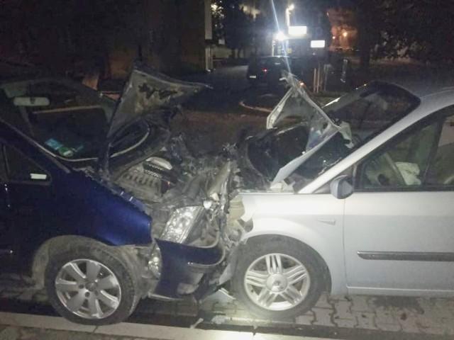 Śrem. Wsiadł za kierownicę kompletnie pijany i uszkodził cztery samochody na Przemysłowej. Teraz będzie tłumaczył się przed sądem