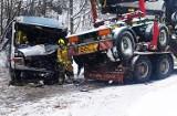 Wypadek kursowego busa pod Limanową. Kierowca i pasażerka w szpitalu [ZDJĘCIA]