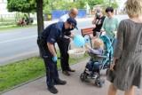 Policjanci na Dzień Dziecka w Zduńskiej Woli ZDJĘCIA