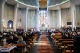 Raport: Młodzi ludzie nie wierzą w oczyszczenie Kościoła. Ufają natomiast papieżowi Franciszkowi