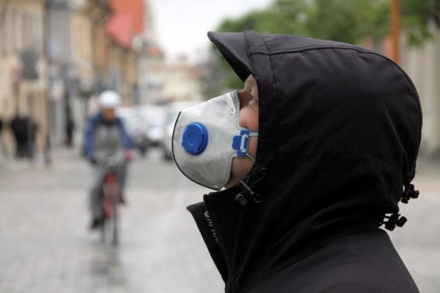 Smog: uwaga na duże stężenie pyłu PM10. Zły stan powietrza w regionie