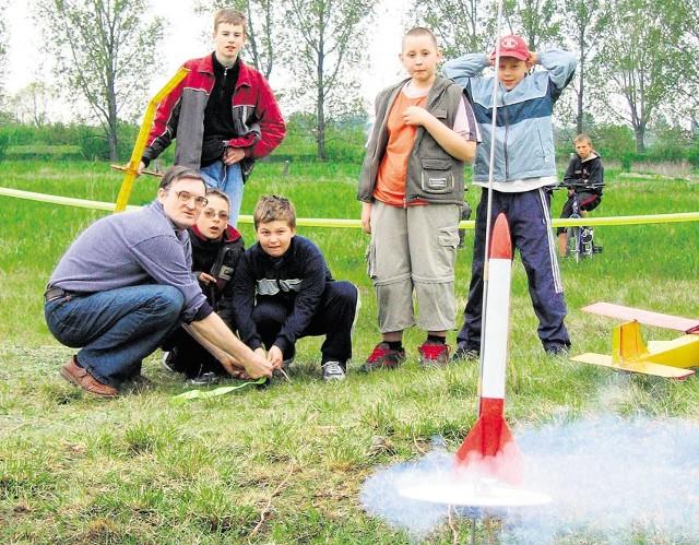 Atrakcją obchodów setnych urodzin Ary Sternfelda w Sieradzu 5 lat temu było m.in. puszczanie rakiet.