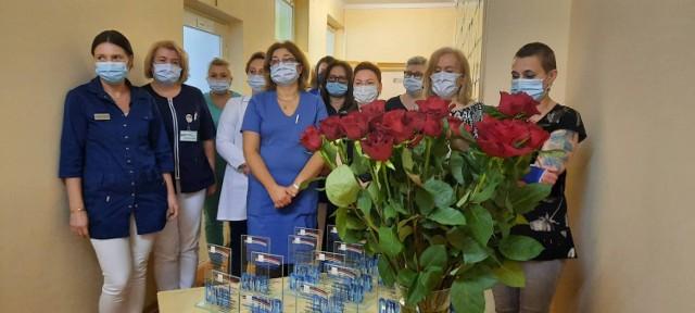 Podziękowania dla pracowników oddziału zakaźnego za walkę z pandemią