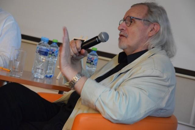 Spotkanie z Andrzejem Flügelem odbyło się w Bibliotece Herberta. Spotkanie prowadził Zbigniew Borek, który wspólnie z autorem książki przepracował w GL wiele lat.
