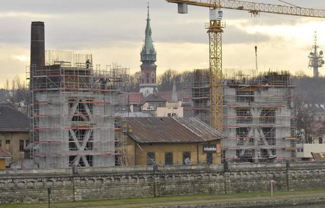 Budynek Muzeum Tadeusza Kantora powstaje nad Wisłą. Ma ożywić Zabłocie wraz z Fabryką Schindlera