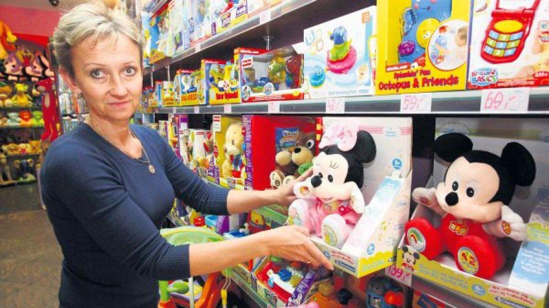 """e20fbe30e60ed7 Jolanta Wizner, właścicielka sklepu z zabawkami """"Guliwer"""" w Szczecinie"""