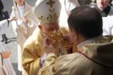 Relikwie św. Faustyny w kaliskiej katedrze [ZDJĘCIA]