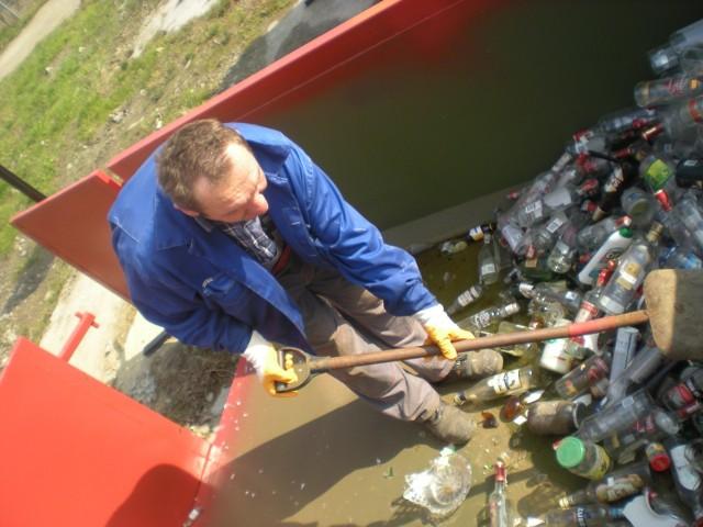 Do śmieci odbieranych od mieszkańców miasto dopłaca  co miesiąc blisko 100 tys. złotych. To w skali roku daje poważną kwotę