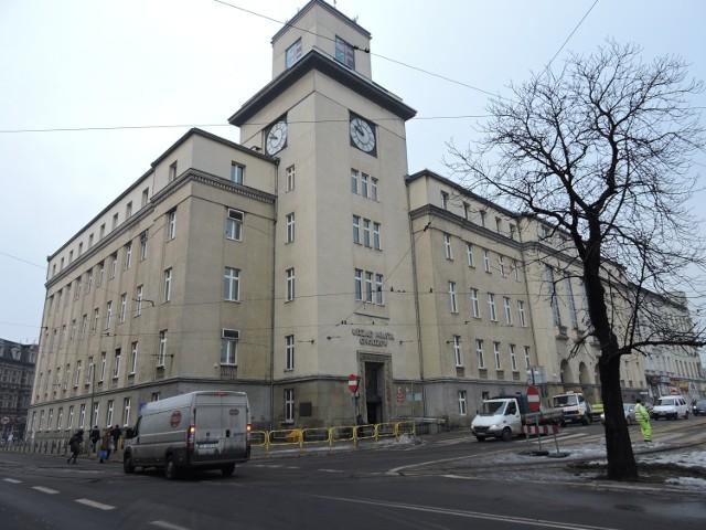 Urząd Miasta Chorzów: winda będzie nieczynna do końca września