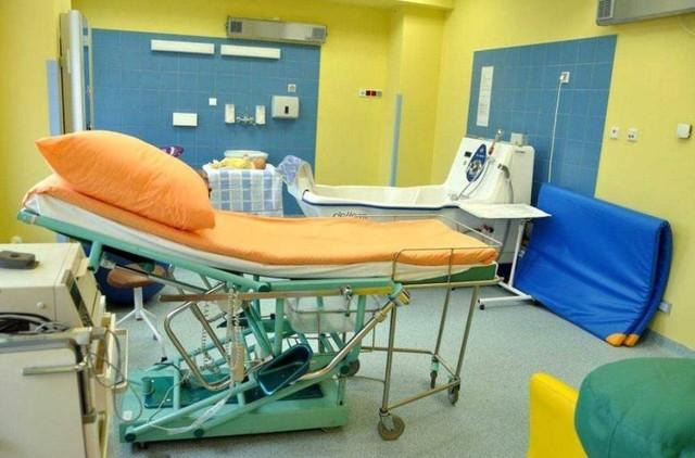 Sala do porodów na Oddziale Ginekologiczno-Położniczy szpitala w Stalowej Woli, gdzie rodzi się coraz więcej dzieci