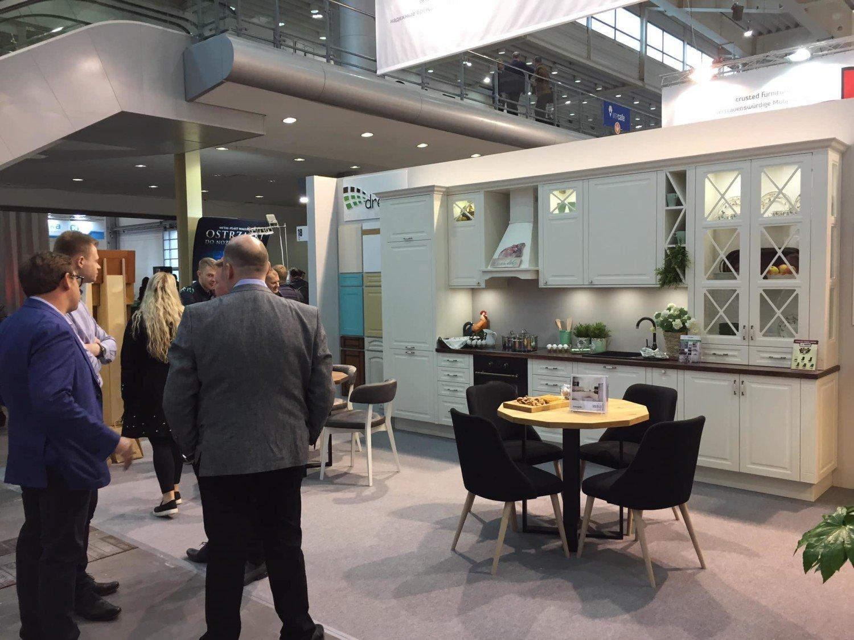 Meble dla firmy i biura w Radomsku, 2020