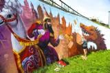 Kraków. Smok znalazł swoje miejsce na bulwarze Wołyńskim. Powstaje tam malowniczy mural [ZDJĘCIA]