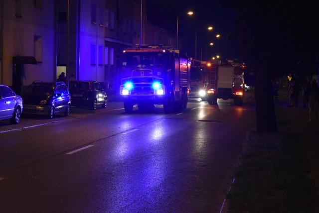 W jednym z bloków przy ul. Wakacyjnej w Krośnie Odrzańskim wybuchł pożar.