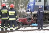 Wypadek na przejeździe. Samochód wjechał w pociąg relacji Kołobrzeg-Kraków
