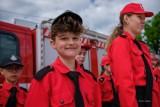 Biała. Strażacy-ochotnicy z gminy Tarnów obchodzili swoje święto. Były odznaczenia i ślubowanie młodych adeptów OSP [ZDJĘCIA]