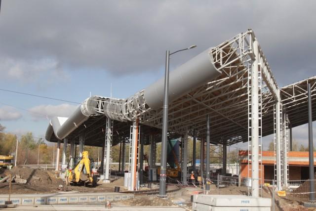 Trwa budowa centrum przesiadkowego Zawodzie w Katowicach