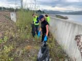 Sprzątanie Jeziora Mucharskiego 2020. Zobaczcie, co wyciągnęli z wody. Czyszczą też Sołę w oświęcimskiem [ZDJĘCIA, FILM]