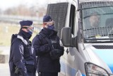 Spacerowali po Mieścisku... otrzymali mandaty od policjantów z KPP Wągrowiec