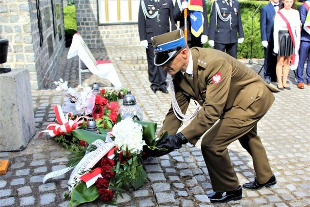 Zaplanowano msze, składanie kwiatów oraz ceremoniał wojskowy