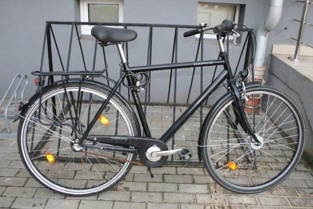 Funkcjonariusze z Komendy Powiatowej Policji w Bielsku Podlaskim poszukują właściciela odnalezionego roweru.Funkcjonariusze z Komendy Powiatowej Policji w Bielsku Podlaskim poszukują właściciela roweru znalezionego w lutym 2017 roku.  Rower jest koloru czarnego z białym napisem KULTRAD na ramie. Rower posiada przymocowane zapięcie w postaci linki