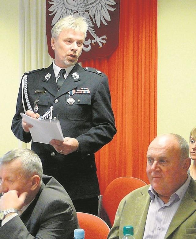 Tadeusz Grotkowski mówił o grupie na sesji rady gminy