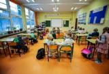 Zawieszone zajęcia w dziesięciu szkołach w Rzeszowie. Powodem COVID-19