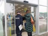 Policja i sanepid kontrolują przestrzeganie obostrzeń sanitarnych