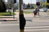 Lubin: Miasto zabezpieczyło folią przyciski do zmiany świateł [ZDJĘCIA]