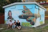 Nowe Skalmierzyce. Powstał mural ku czci lotników ZDJĘCIA