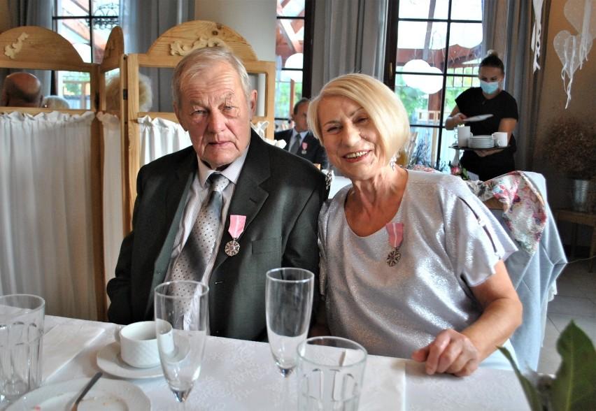 Medale za Długoletnie Pożycie Małżeńskie stanowią nagrodę...