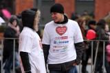 WOŚP 2012 w Łodzi: w Manufakturze usypali serce z monet [zdjęcia+wideo]
