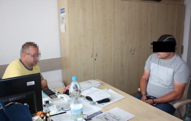 Poszukiwany listem gończym zatrzymany na Mokotowie. Ukrywał się 7 lat