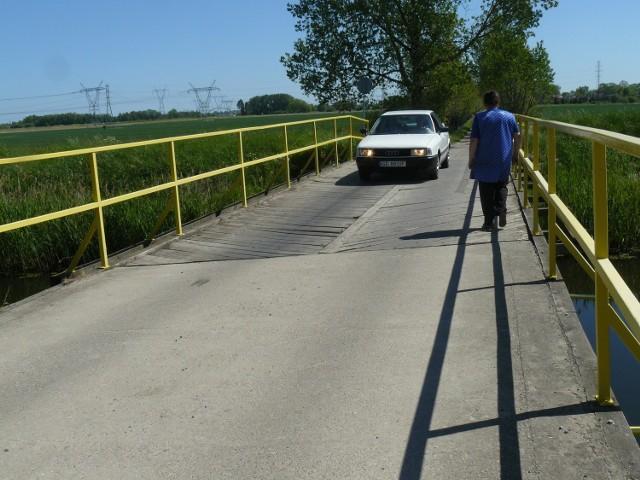 Most łączący Krępiec i Dziewięć Włók