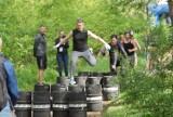 Formoza Challenge w Kaliszu. Wojskowy bieg z przeszkodami odbył się w Lesie Winiarskim. ZDJĘCIA