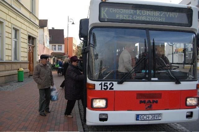 Pierwszy autobus do Konarzyn