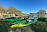 Nad jeziorem w Kłodawie pojawili się pierwsi w tym roku plażowicze