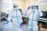Koronawirus. Nowy raport o zakażeniach. Wciąż dużo infekcji w Wielkopolsce